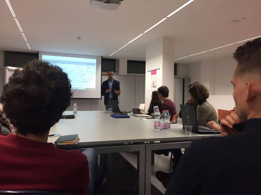 Presentazione del progetto Comunità che nutrono all'Università Bocconi, Milano